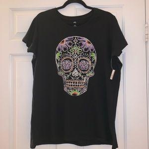 NEW Candy 🍭 Skull 💀 t-shirt 💀